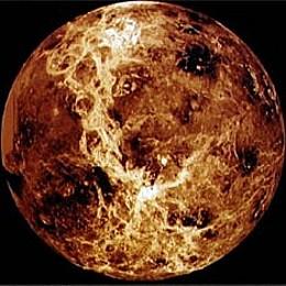 Российский ученый заметил на Венере признаки жизни