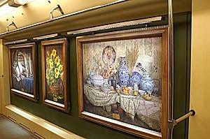 В Киевском метро запустили художественный поезд
