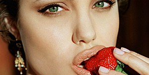 Анджелина Джоли снимет «Сумерки» для взрослых