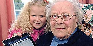 Самой старой пользовательнице «Facebook» 103 года