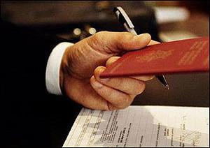 Шенгенские визы будут выдавать по стандартному набору документов