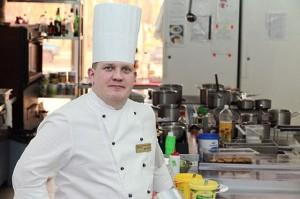 Челнинский шеф-повар приготовил чемпионский обед на первом канале