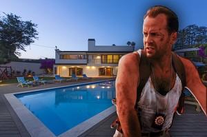 Брюс Уиллис продает дом, в котором прожил 20 лет.