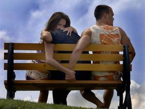 Люди чаще всего изменяют супругам в среду