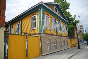В Казани завершили реконструкцию пешеходной улицы Каюма Насыри
